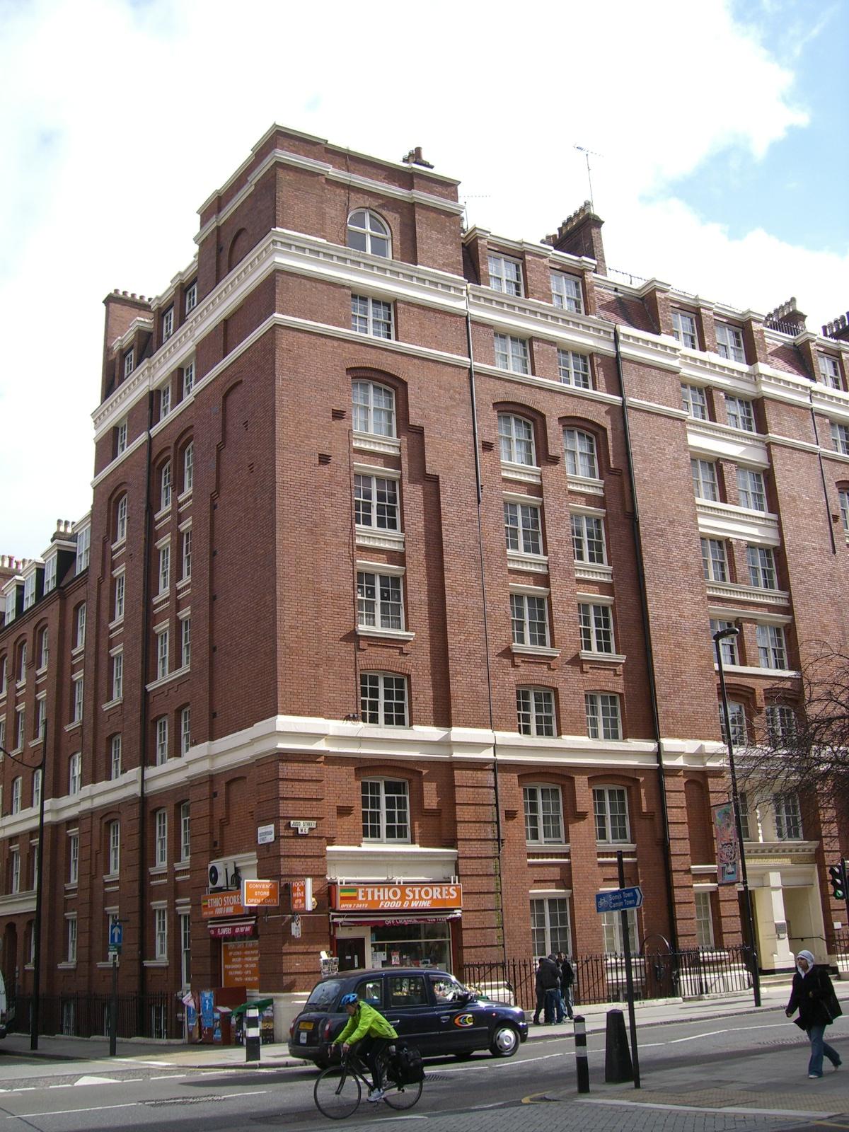 Housing In Britain Brit Lak 243 233 P 252 Letek 187 Angol Oktat 225 S Angolcenter Hu