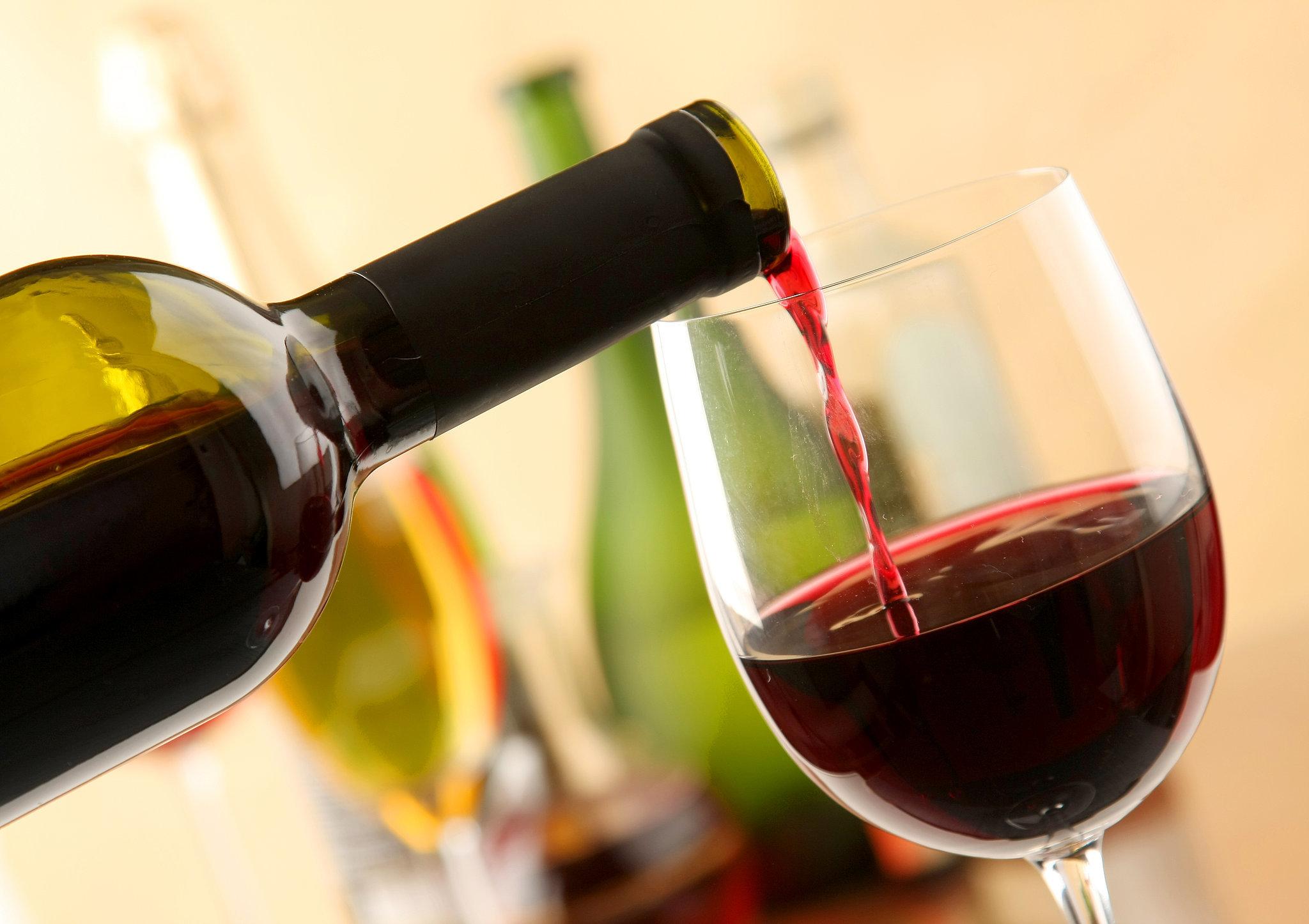 alkohollal kapcsolatos idézetek Quotations on Alcohol and Drinking/Alkohollal kapcsolatos idézetek